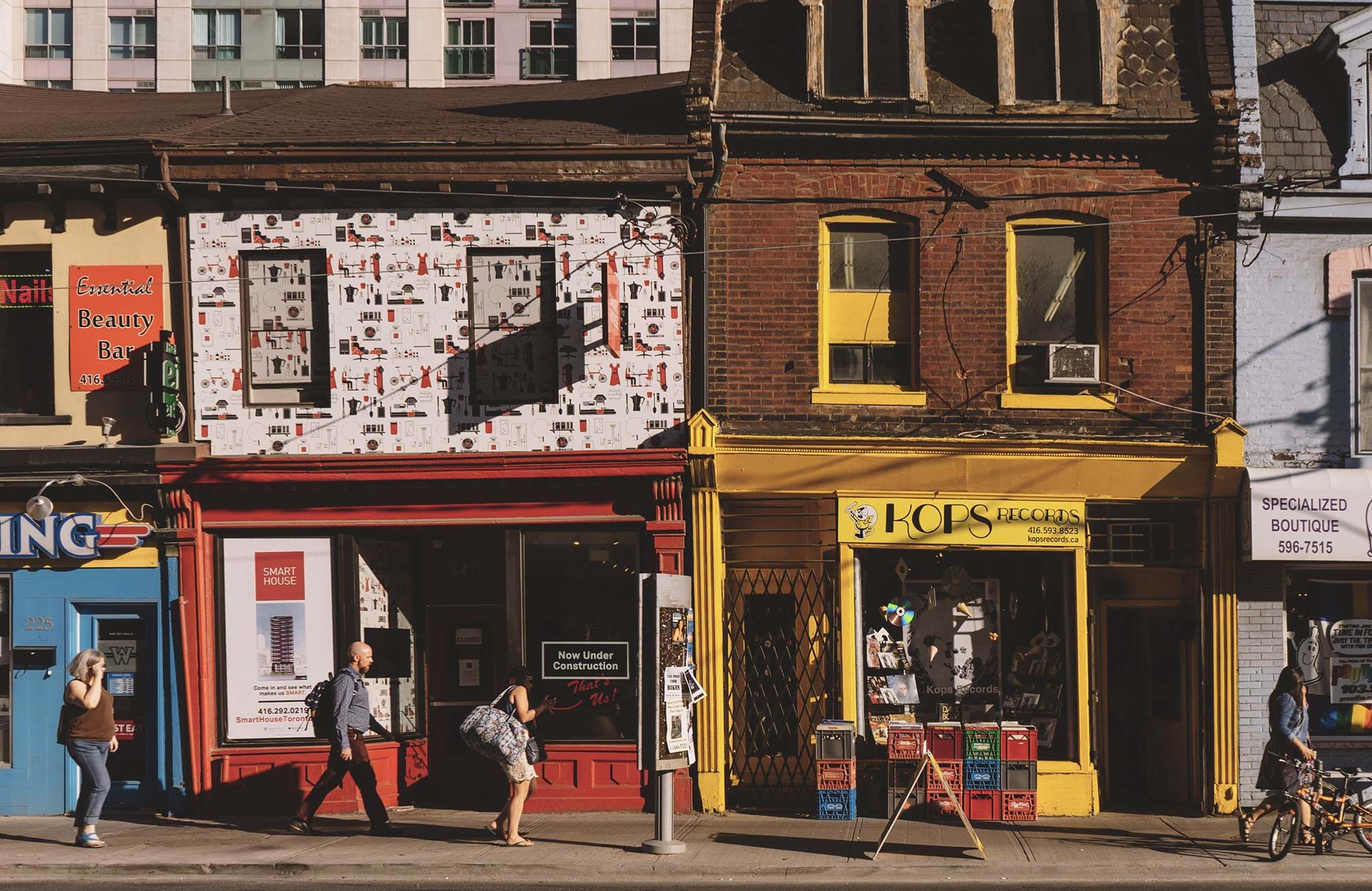 toronto-canada-store-fronts-cover