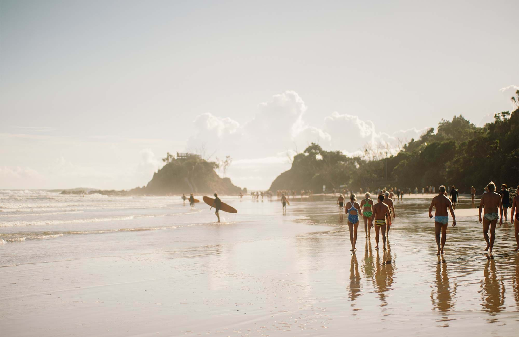 byron-bay-australia-surfers-group-beach-cover