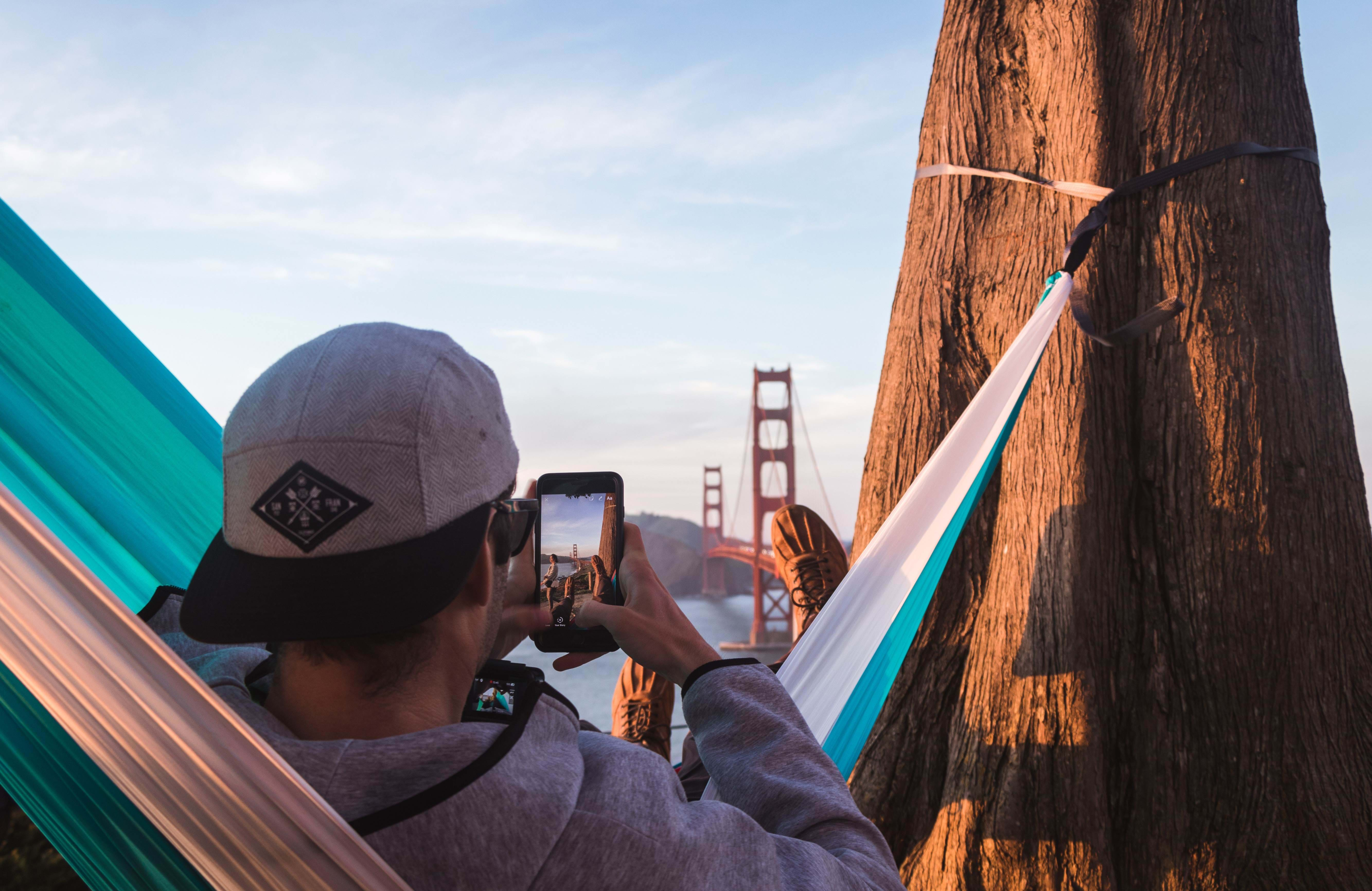 san-francisco-man-hammock-bridge-sidebar