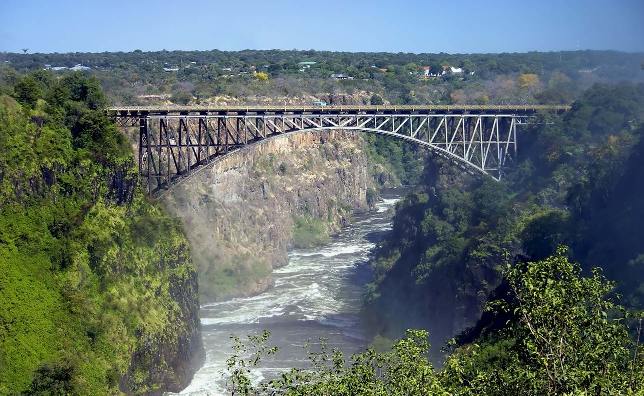 If you're into bungee jumping southa africa is a great place to visit
