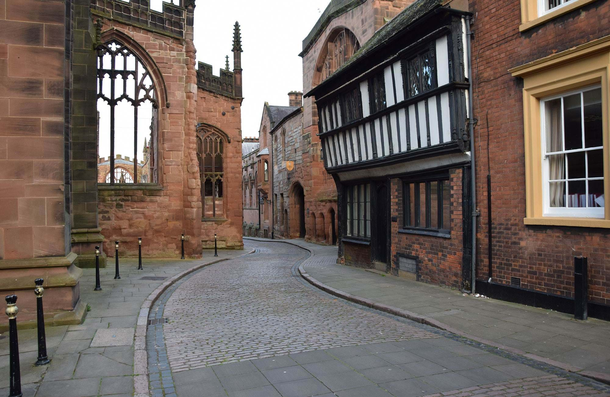 Street-in-the-old-town-of-coventry